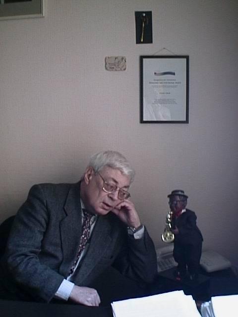 Борис Павлович в кабинете